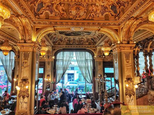 new-york-cafe-budapeste-