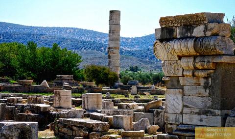 Hera Tapınağı Kalıntıları