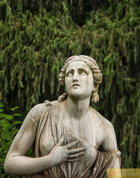 roma-villa-borghese-heykel