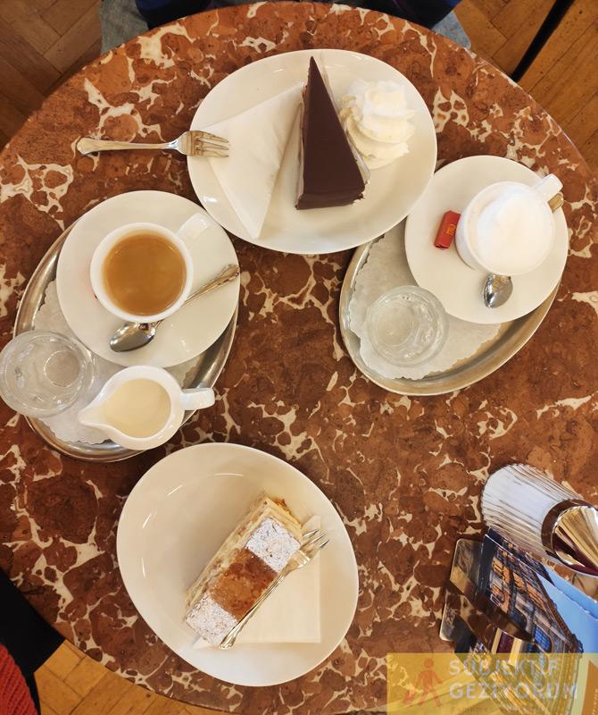 cafe-central-tatli-kahve