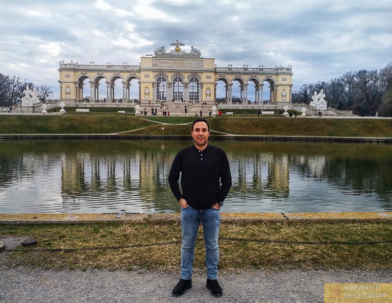 gloriette-viyana-subjektif-geziyorum-schonnbrunn